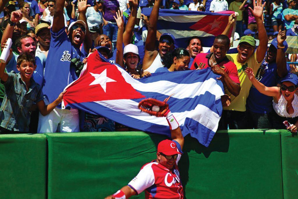 Jogo de Baseball em Cuba